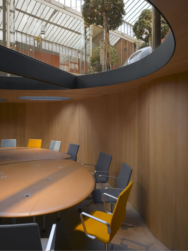Best-PONS-+-HUOT-Office-Design-by-Christian-Pottgiesser-House-Design-Pictures