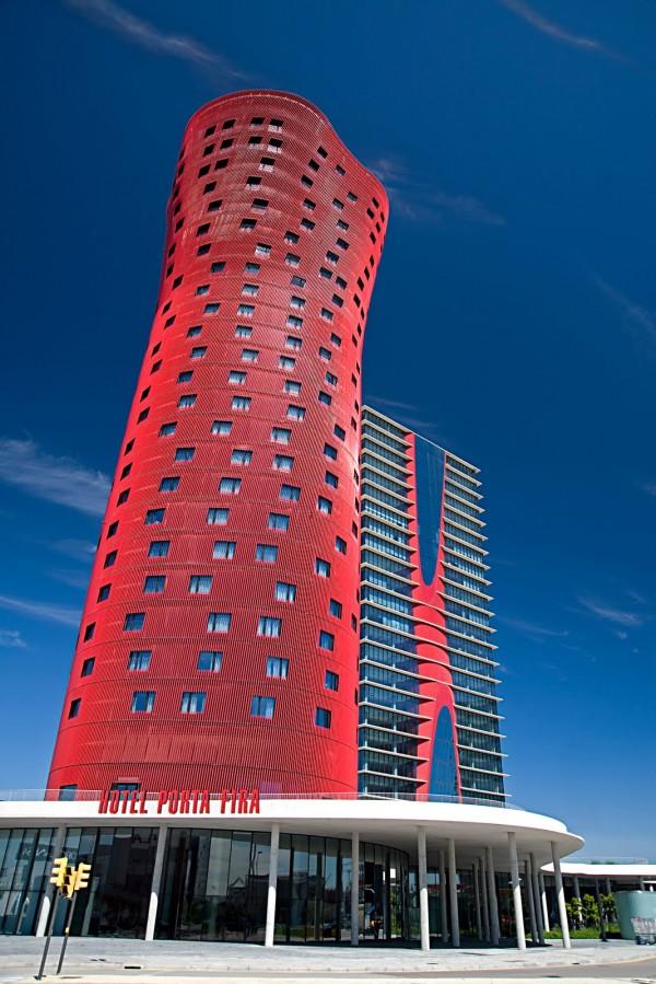 Porta-Fira-Hotel-Barcelona-02-600x899