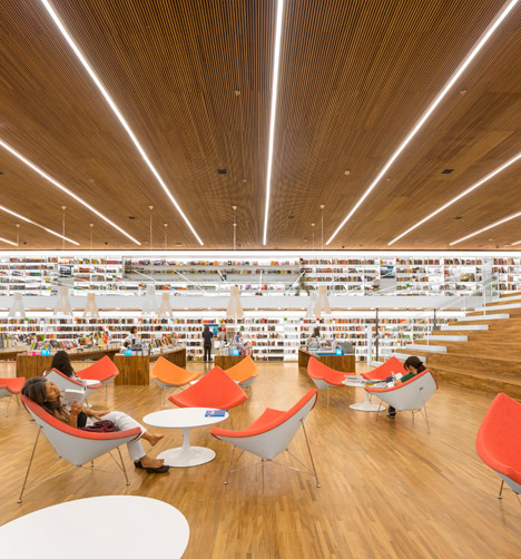 Cultura-Bookstore-by-Studio-MK27_dezeen_468_5