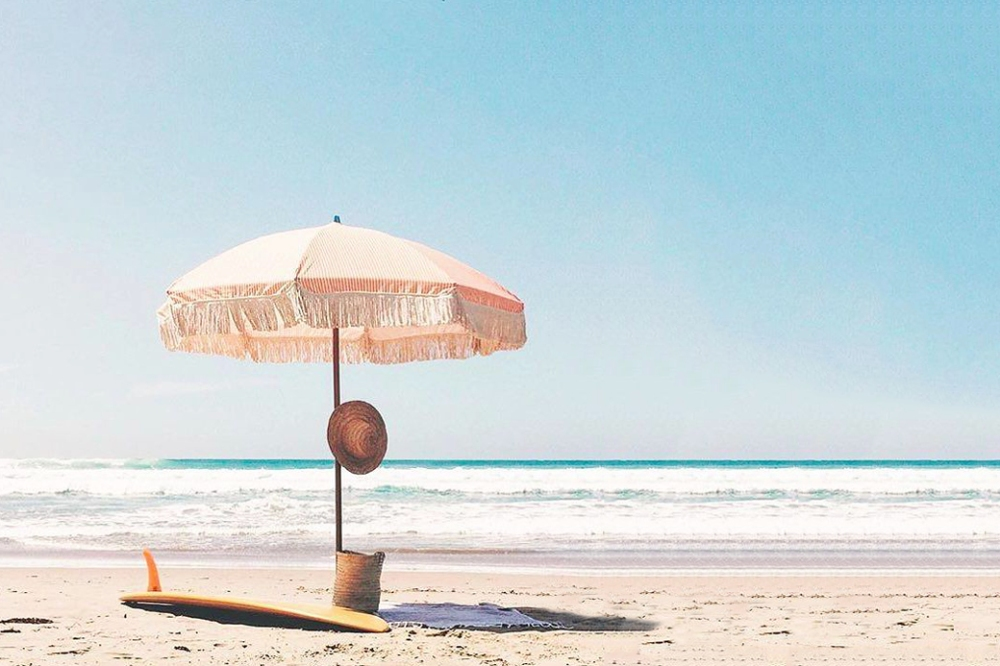 s.b.summer-must-haves-simply-gold-coast-property-advisors-sunday-supply-co