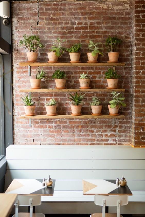 Brunswick-cafe-Bed-Stuy-Brooklyn12-Gardenista.jpg